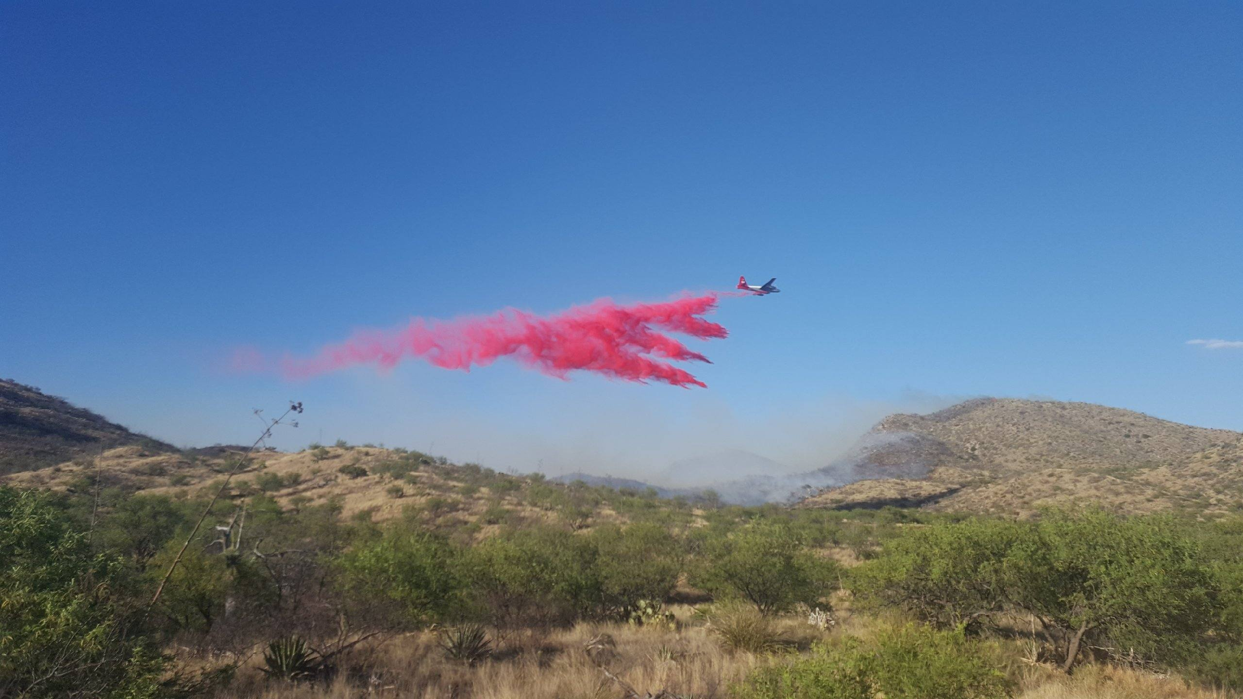 Retardant Drop on Mulberry Fire
